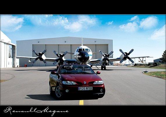 103  569x569 minim1 Tapetki na pulpittapety z megane cabrio fajne tapety z renault megane cabrio