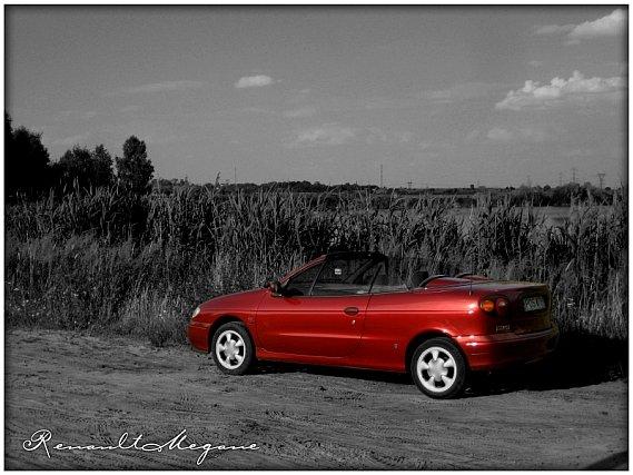 104  569x569 minim2 Tapetki na pulpittapety z megane cabrio fajne tapety z renault megane cabrio