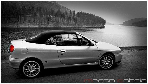 105  569x569 minim3 Tapetki na pulpittapety z megane cabrio fajne tapety z renault megane cabrio