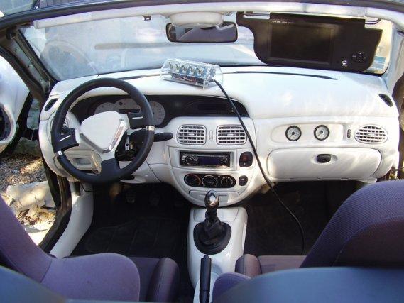 1458  569x569 meganecabriopl8  Tuning wnętrza Megane vol.6skurzane wnętrze reno megane kabrio skórzane wnętrze tuning photo interior kokpit w megane cabrio jak zmodyfikować wnętrze jak przerobić deskę megane