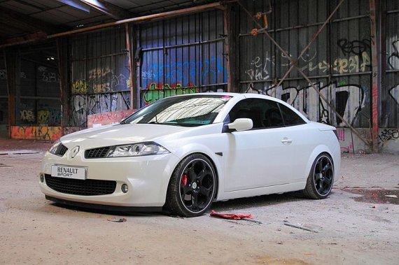 2350  570xfloat= mg9283 Biała Megane Coupe Cabriowhite tuning megane cc renault megane cc tuning obniżona megane cc