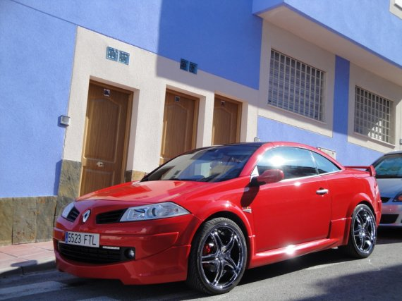 2595  570xfloat= dsc00259ee Megane CC na 20 calachred megane cabrio megane cc in 20 wheels megane cc duze felgi